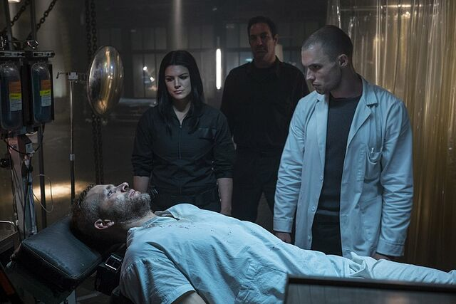 File:Deadpool-Exclusive-Set-Photo-Ryan-Reynolds-Gina-Carano-Ed-Skrein.jpg