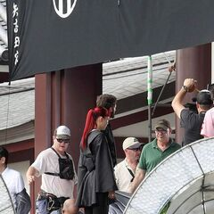 Yukio and Logan on <i>The Wolverine</i> set.