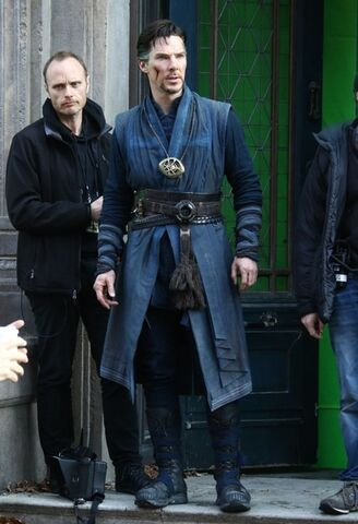 File:Doctor Strange Filming 59.jpg
