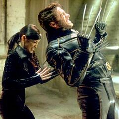 Lady Deathstrike fighting Wolverine.