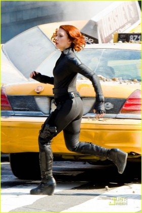 File:Black-Widow-Running-The-Avengers-280x418.jpg