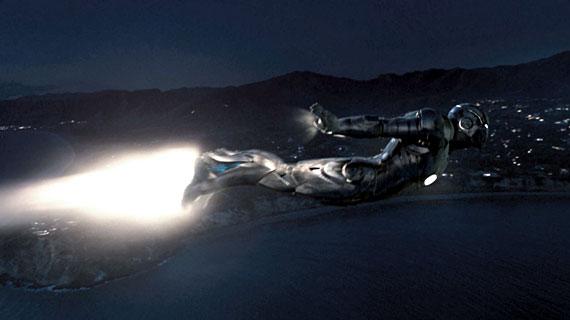 File:Iron-man-superbowl5.jpg