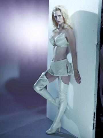 File:White Queen promo.jpg