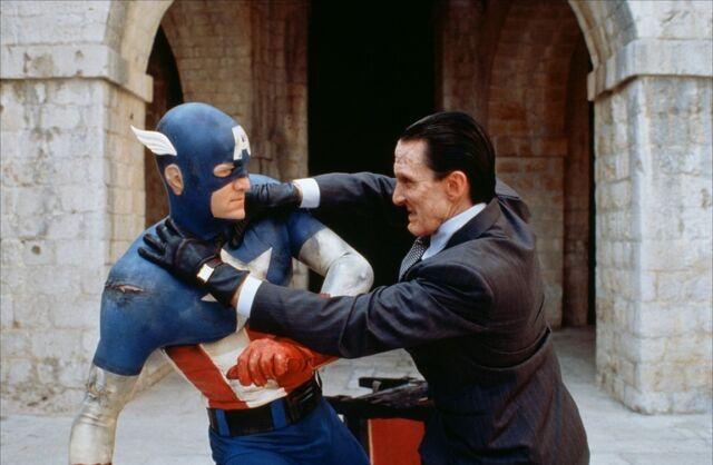 File:Captain-america-1991-06-g.jpg