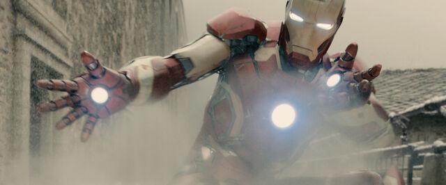 File:IronMan mark43 avengersAOU.jpg