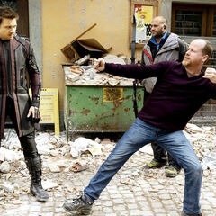 BTS Look at Jeremy Renner and director Joss Whedon