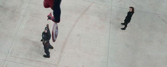 File:Captain America Civil War 125.JPG