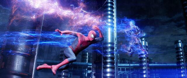 File:The-amazing-spider-man-2-photos-electro-spider-man.jpg
