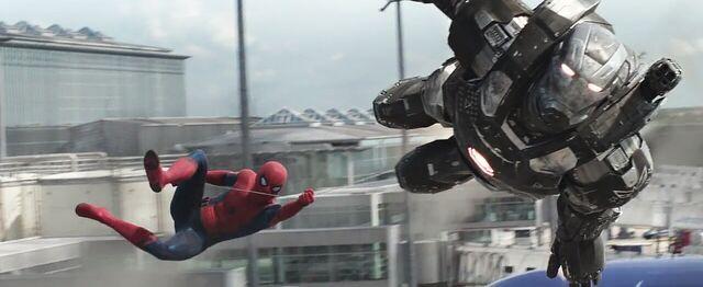 File:Spider-Man War Machine 2 Captain America Civil War.jpg