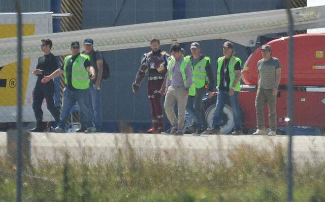 File:Captain America Civil War Filming Bleeding Edge PreVFX.jpg
