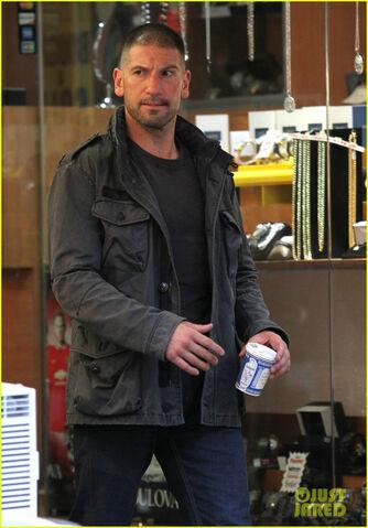 File:Daredevil Season 2 Filming 3.jpg
