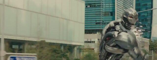 File:Avengers Age of Ultron 163.JPG