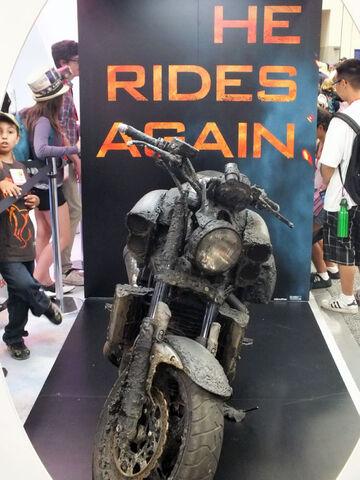 File:Ghost-Rider-Spirit-of-Vengeance-Motorcycles-Comic-Con-2011.jpg