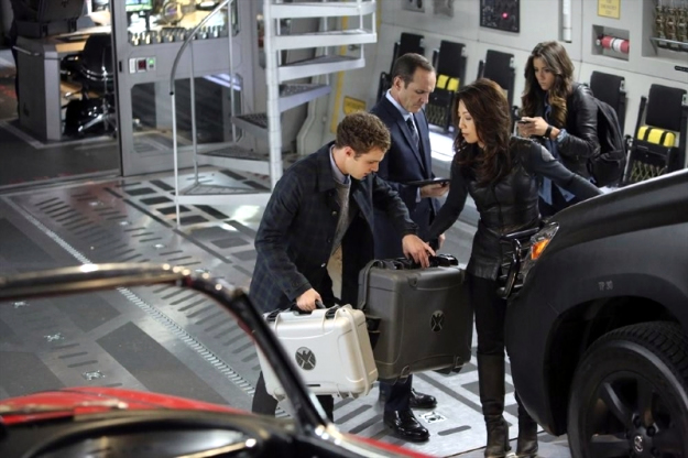 File:Agents of SHIELD The Well 04.jpg