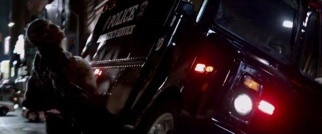 File:Lizard police truck.jpg