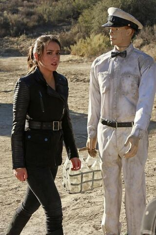 File:Agents of SHIELD The Magical Place 12.jpg