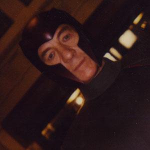 File:Magneto75.jpg