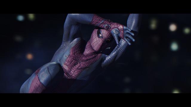 File:Spiderman a punto de recibir un disparo..png