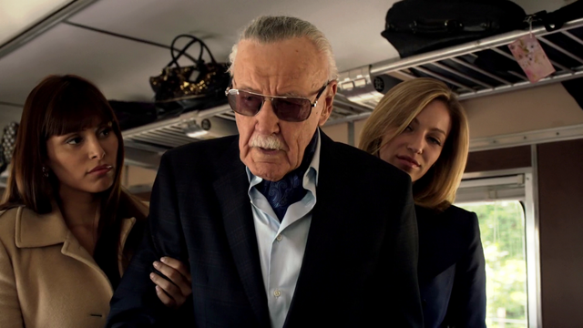 File:StanLee1-AoSTRACKS.png