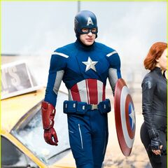 Chris Evans on set as Cap.
