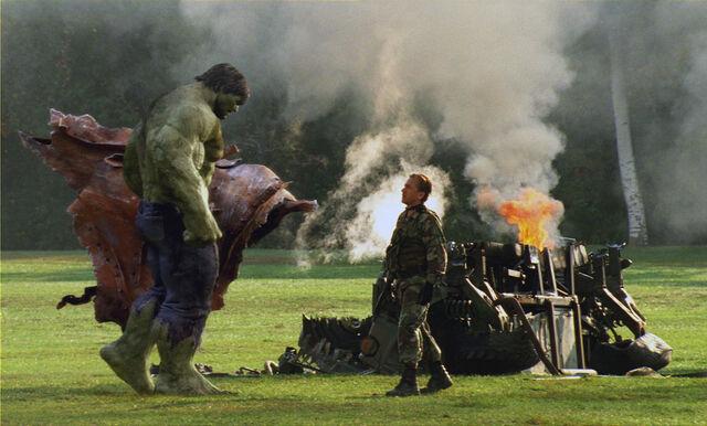File:Hulk vs blonsky.jpg