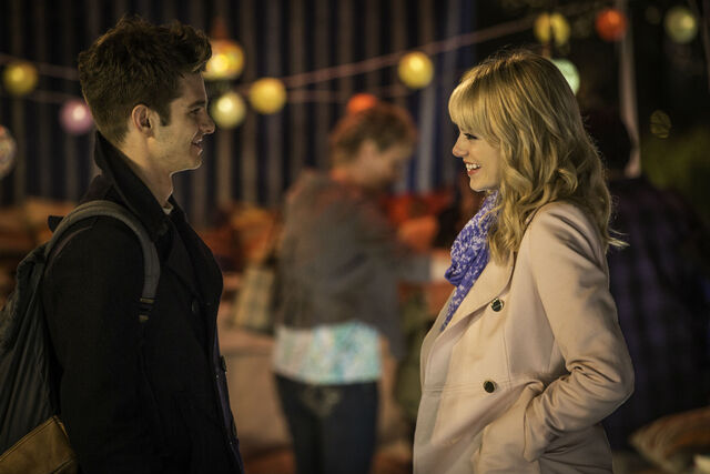 File:Peter Parker and Gwen Stacy.jpg