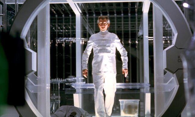 File:X-men-2-2003-102-g.jpg