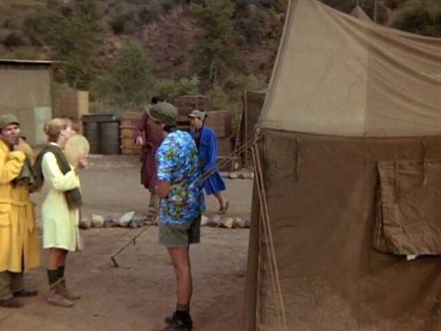 File:Bath tent-none like it hot.jpg