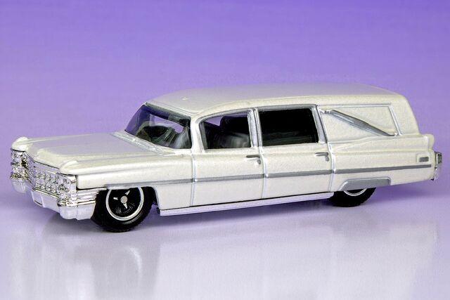 File:1963 Cadillac Hearse - 2440ef.jpg
