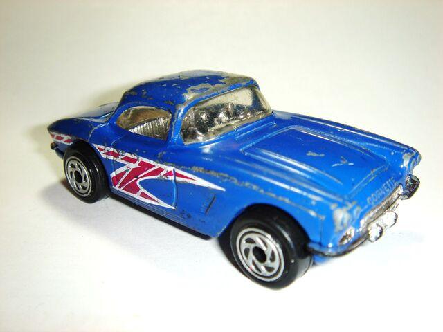 File:MBX 1962 Corvette.JPG