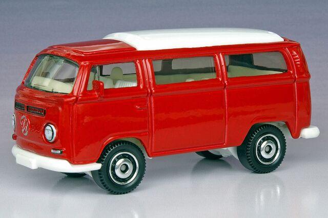 File:Volkswagen T2 Bus - 1287ef.jpg