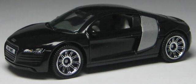 File:0921-AudiR8.jpg