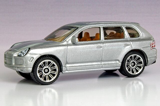File:Matchbox Porsche Cayenne Turbo 10-Pack - 0997ef.jpg