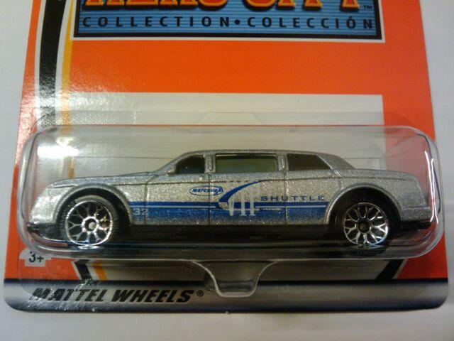 File:Hero City Limousine.jpg