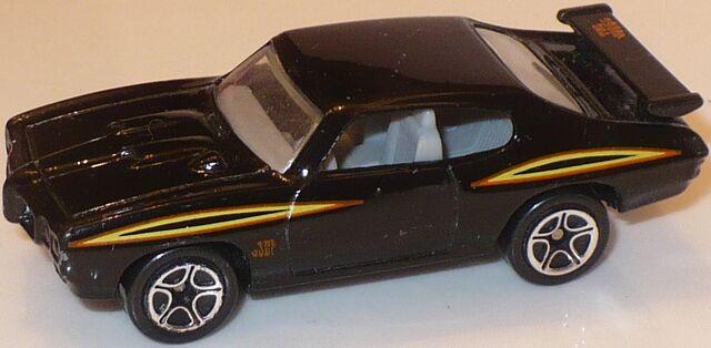 File:MBX 70 Pontiac GTO Black.jpg