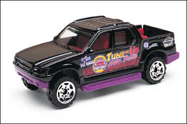 File:FordExplorerSportTrac2003.png