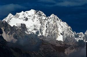Jade-dragon-mountain-d