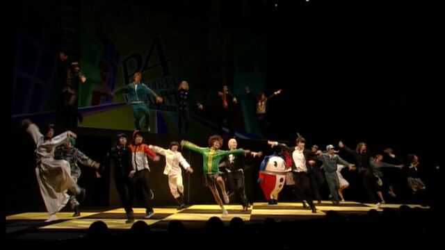 File:VisuEvo Cast Dance.jpg