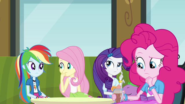 File:640px-Twilight's friends thinking EG.png