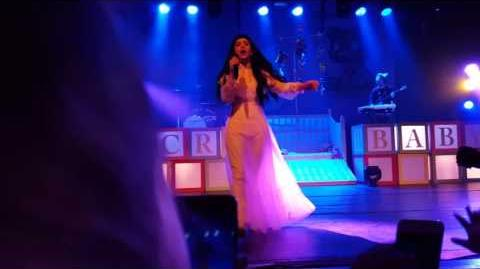 Melanie Martinez - Cry Baby (live in Antwerp, Trix)