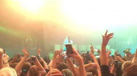 Melanie Martinez - Cake Live (Melbourne, 17 08 16) Cry Baby Tour