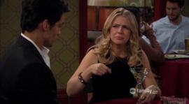 Melissa-joey-season-1-episode-16-joe-versus-the-reunion-290x160