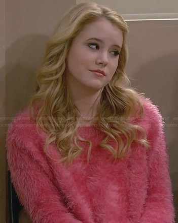 File:Lennoxs-pink-fluffy-sweater.jpg