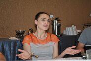 Katie McGrath Comic Con 2012-7