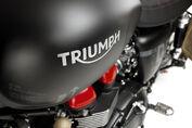 Venom-Triumph-Bonneville-VTB1-3