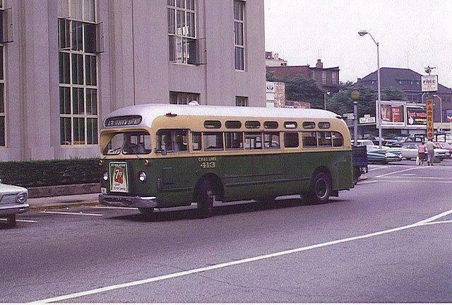 File:CR & L -13 SEAVIEW AVE. BUS - BPT. 1960s.jpg