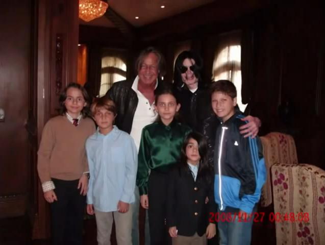 File:Michael Jackson 2008.png