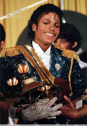 File:Michael Jackson 80.jpg