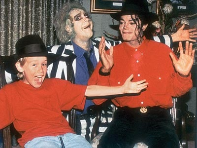 File:Michael Jackson and Macaulay Culkin with Beetlejuice.jpg