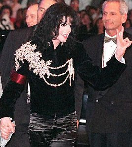 File:Michael-jackson-royal-military-jacket-at-elizabeth-taylors-bday-celebration-1997.jpeg